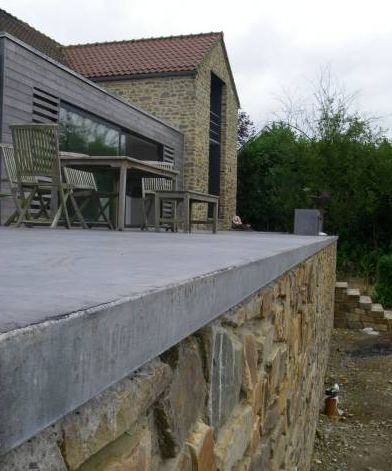 Sol en beton liss b ton color difference avec le for Terrasse beton colore