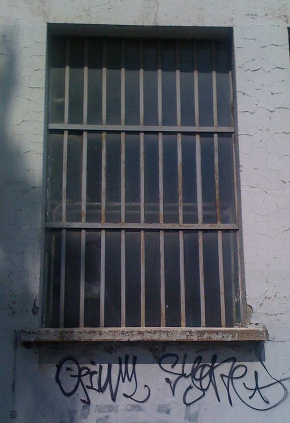 Fenêtre en verrière indsutrielle à 3 panneaux
