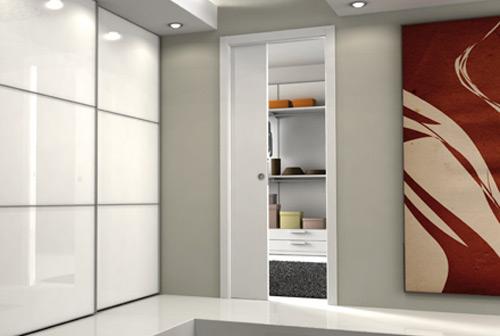 Petite salle de bains agencement astuces petite salle for Porte coulissante pour salle de bain