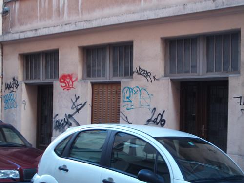 facade-immeuble-fenetre