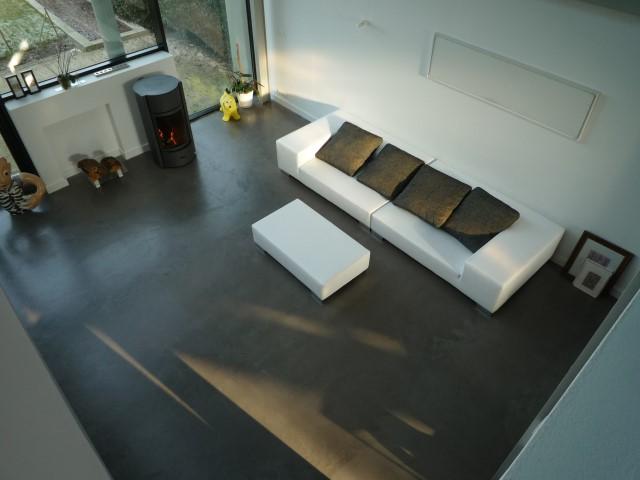 sol-beton-colore-gris