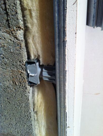 Pose des rails à placo : pose sur cloison, mur, plafond ... - Poser Du Placo Sur Un Mur